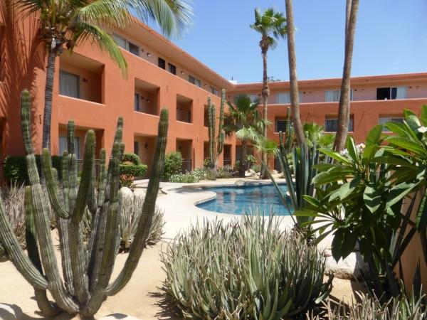 Roca Vista Courtyard